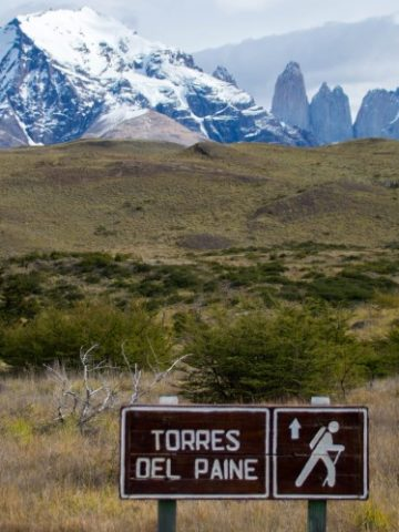 hiking the torres del paine circuit Patagonia